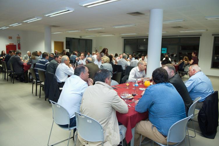 3.º encontro - jantar conferência - Foto 16